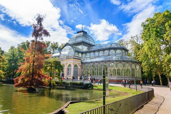 The Parque Del Retiro Park